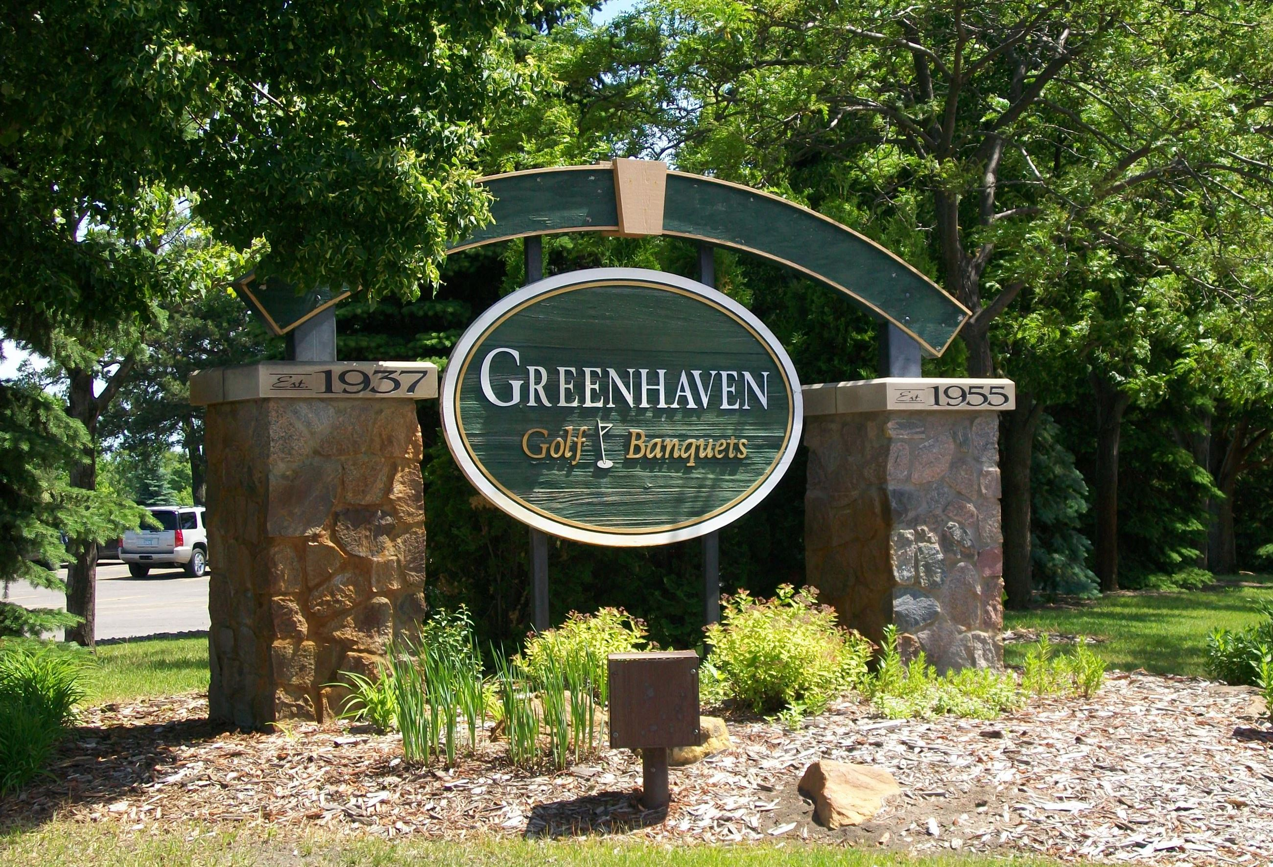 Greenhaven Golf Banquets Sign